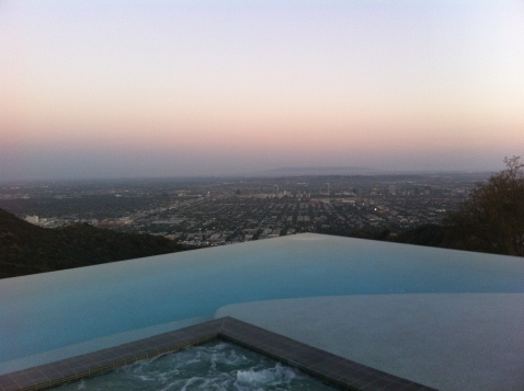 So pretty by the pool <3
