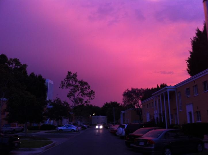 Hollywood Sunset - Park La Brea - 09-May-2013 - www.ineback.com